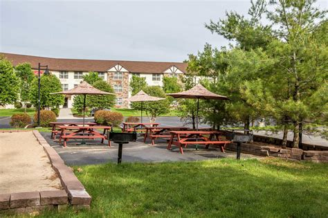 comfort inn lake george comfort suites lake george new york ny localdatabase com