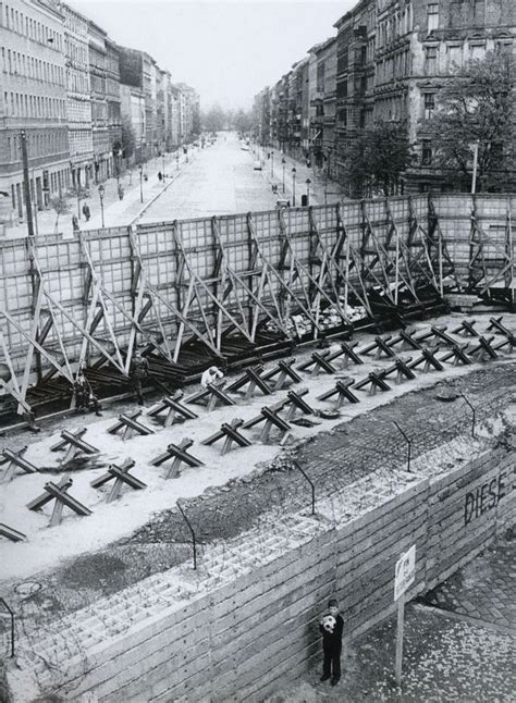 iron curtain wall pin by fabrizio morroia on berlin wall pinterest