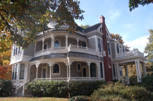 Queen Anne Victorian House by Victorian House On Pinterest 91 Pins