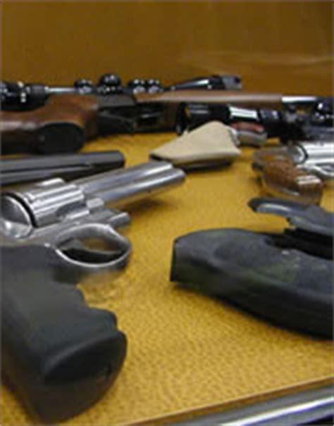 comprare armi senza porto d armi armi le regole per essere in regola