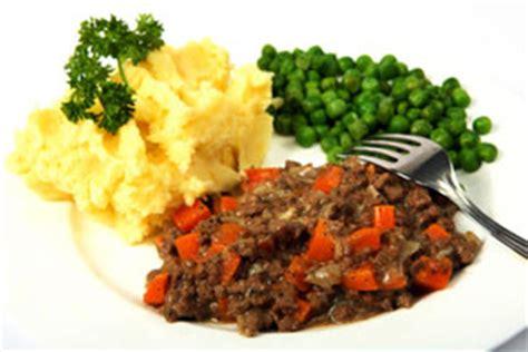crock pot ground beef and potato dinner recipe from cdkitchen