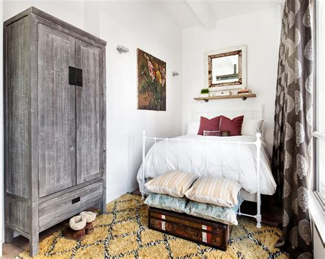 Schlafzimmer Vintage Modern by Modern New York Apartment Infused With Vintage Charm