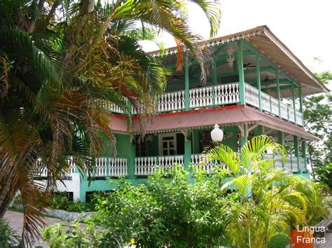 homes with balcony designs joy studio design gallery colonial homes with balconies joy studio design gallery