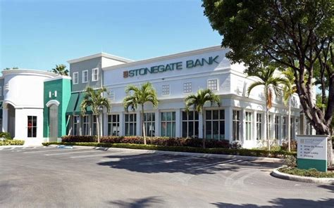 at bank florida banks got healthier in the third quarter miami