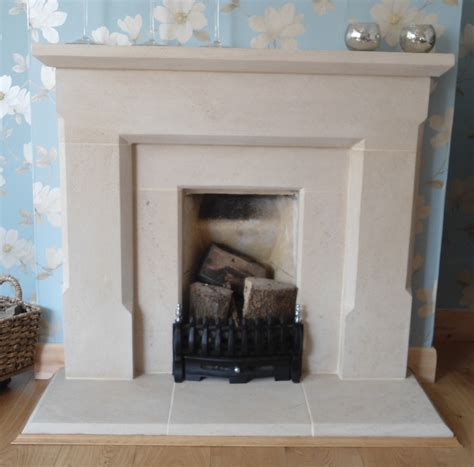 fireplace for gas fires or open fires