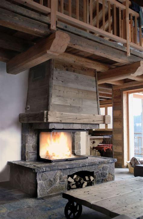 foyer 3 faces bois fireplace chalet chemin 233 e chalet en de taille et