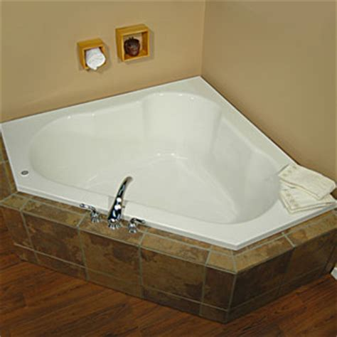 eljer bathtubs eljer triangle soaking tub product detail