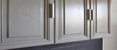 Attractive Sous Couche Peinture Bois Vernis #12: Peindre-un-meuble-devient-facile-avec-peinture-liberon.jpg