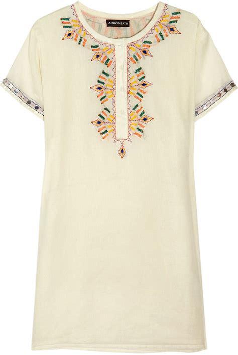 Shopping Silver Erin Dress By Antik Batik by Reese Witherspoon Wearing White Dress Popsugar Fashion