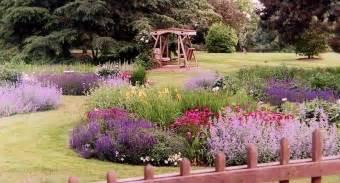 gartengestaltung englischer garten custom garden designs about gardens