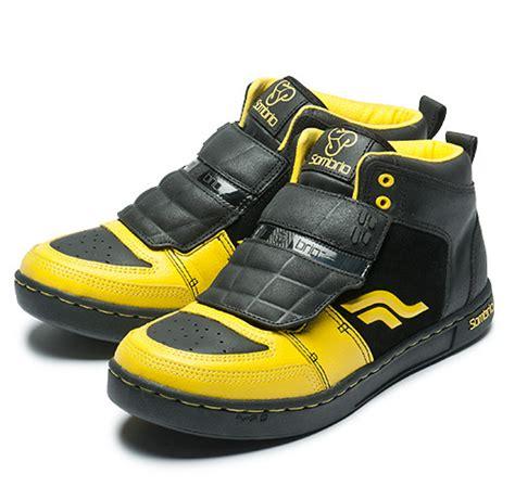 flat pedal mountain bike shoes sombrio shazam mid top shoes reviews comparisons specs