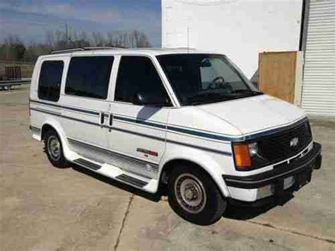 purchase used 1993 chevrolet astro quot tiara quot custom van nice and clean in hartsville south