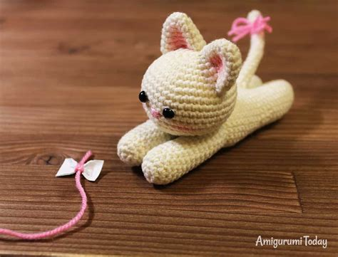 amigurumi kitten pattern lying kitten amigurumi pattern amigurumi today