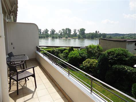 d sseldorf 2 zimmer wohnung charmante 2 zimmer wohnung mit balkon und rheinblick in