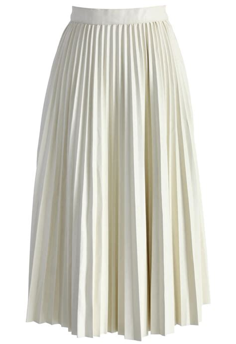 pleated faux leather midi skirt in from chicwish skirt