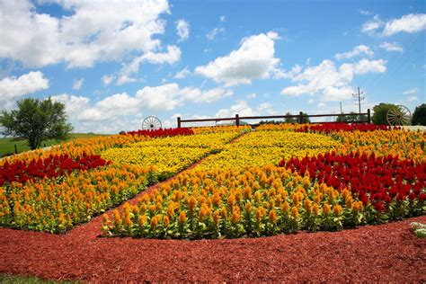 Heritage Quilt Tours by Amish Country Of Northern Indiana Quilt Gardens Tour