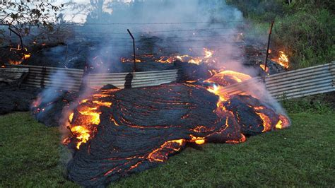 lava l floor l lava flowing on grounds of pahoa transfer station