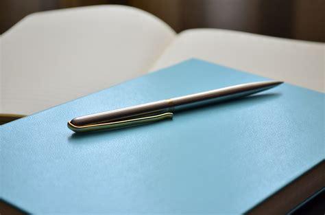 pen that writes on paper and transfers to computer 무료 이미지 노트북 쓰기 펜 일기 종이 페이지 자료 쓰다 상표 녹음 초점 스타일