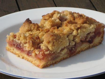 apfel cranberry kuchen apfel blech kuchen mit cranberries und streuseln liebe