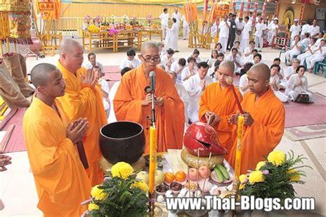 buddhist festivals buddhism in thailand page 2