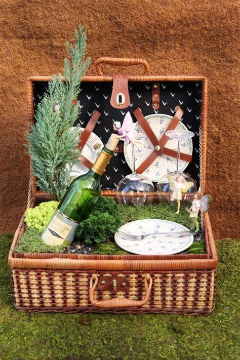 Garden Baskets Ideas Garden Up Garden Picnic Picnic Baskets And