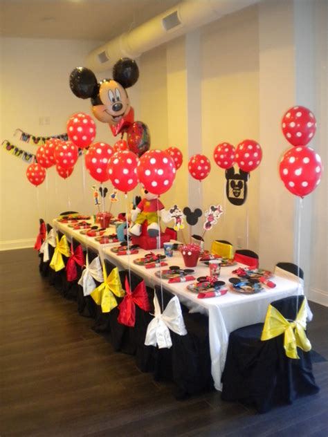 Mickey Mouse Birthday Decoration Ideas by Mickey Mouse Balloons On Balloon Columns