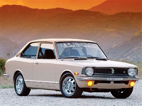 toyota old 1973 toyota corolla super old skool cool daddy want