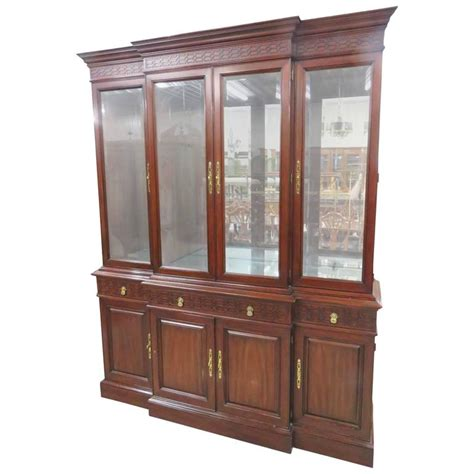 henkel harris china cabinet henkel harris mahogany china cabinet for sale at 1stdibs