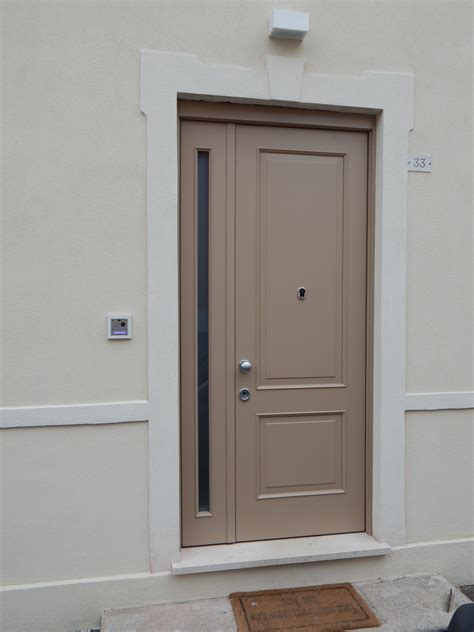 porta blindata da interno porta blindata da esterni modello 2 riquadri