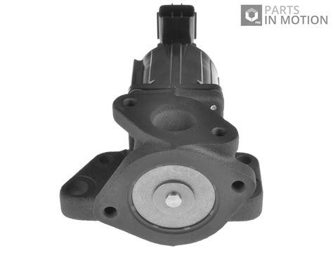mazda egr valve egr valve fits mazda 6 2 0d 05 to 13 adm57212 blue print