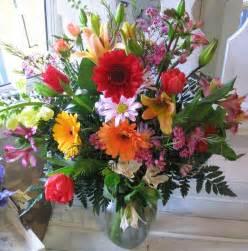 Gorgeous Flower Arrangements by Kingdom Flowers That Testify Of Jesus