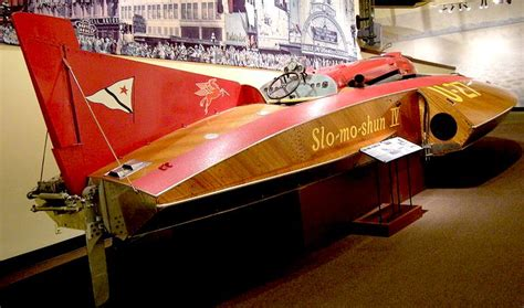 electric boat death world land water speed records