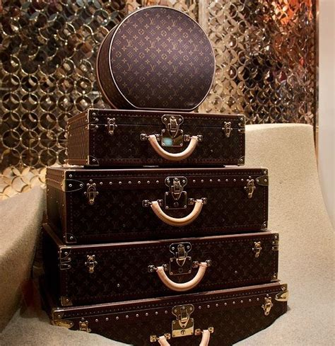 Set Vintage Lv 2 louis vuitton luggage luggage happy trails s fashion style and louis