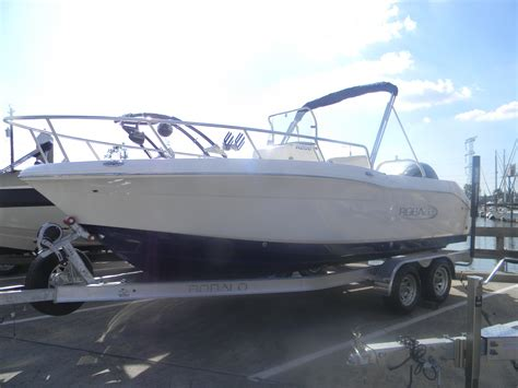 robalo boats houston robalo new and used boats for sale in tx