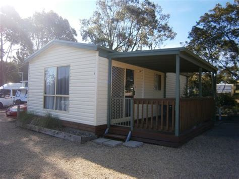 Lakes Entrance Cabins by Cabin Picture Of The Lakes Beachfront Retreat