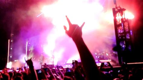 one more light tour linkin park in the end live one more light tour