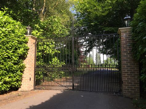 Multi Gate multi user electric gates for mansion house in kingswood