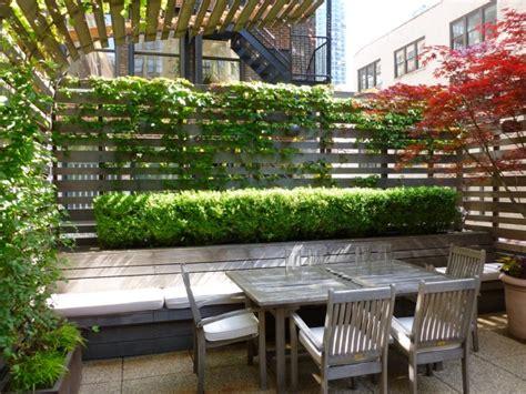 sichtschutz terrasse ideen terrassen sichtschutz mit pflanzen neugierige blicke
