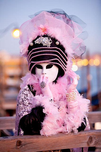 theme rose et noir 17 best images about carnival in venice on pinterest