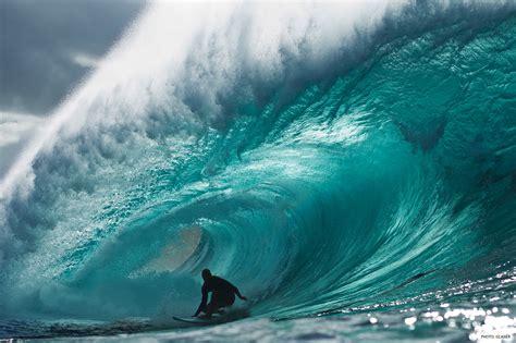 kelly slater surfing pipeline kelly slater