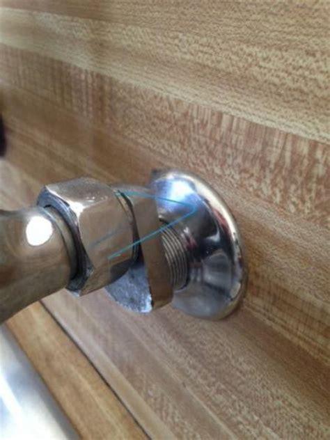 no water shut valve underneath sink need help with