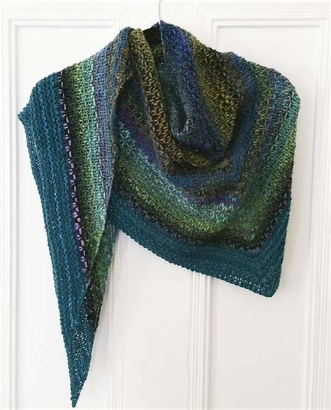 free pattern on ravelry ravelry noro woven stitch shawl pattern by z apasi free