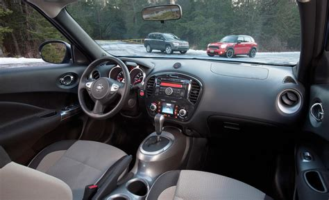 2013 nissan juke interior car and driver