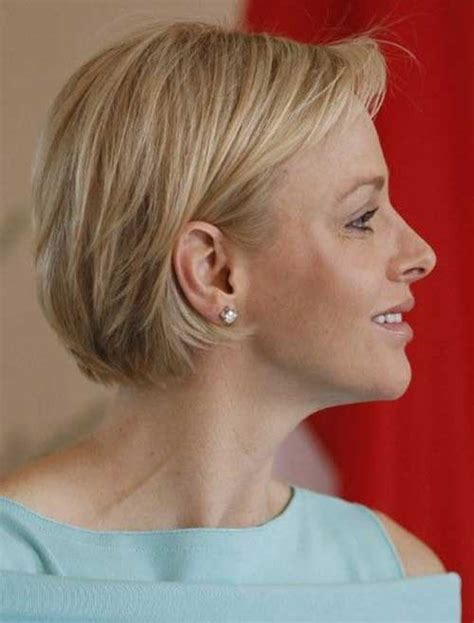 old fashioned short bob and layered hairstyle bob cuts for fine hair short hairstyles 2017 2018