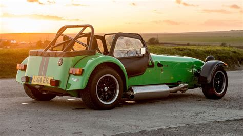 new 2015 caterham range review 270 360 and 420 driven by
