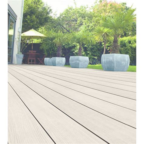 terrasse pvc lame de terrasse composite avec surface en pvc ocewood