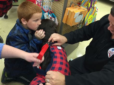diabetic service dogs cost boy with diabetes saves pennies for 4 years to get service