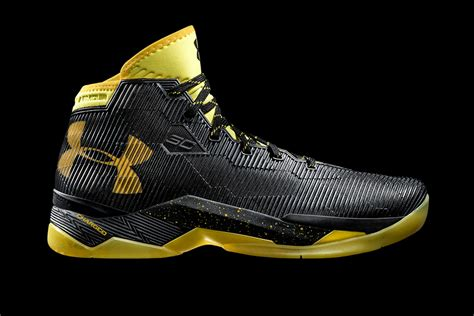 black and gold armour basketball shoes is steph curry helping armour s basketball biz rival