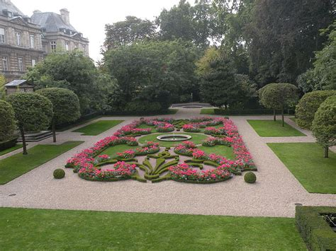 jardin du luxembourg or the luxembourg gardens