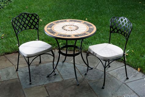 How To Decorate Using Small Patio Table Decorifusta Small Outdoor Patio Table And Chairs